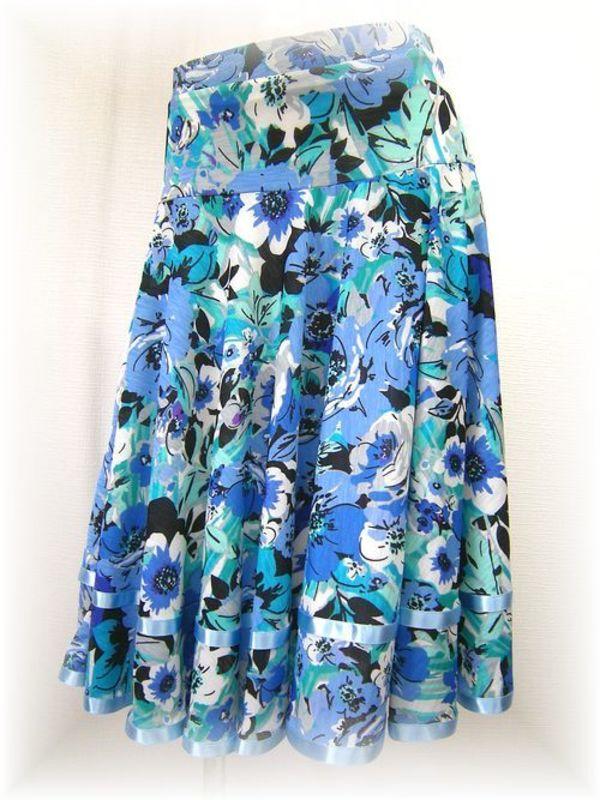 新入荷!花柄の社交ダンススカート