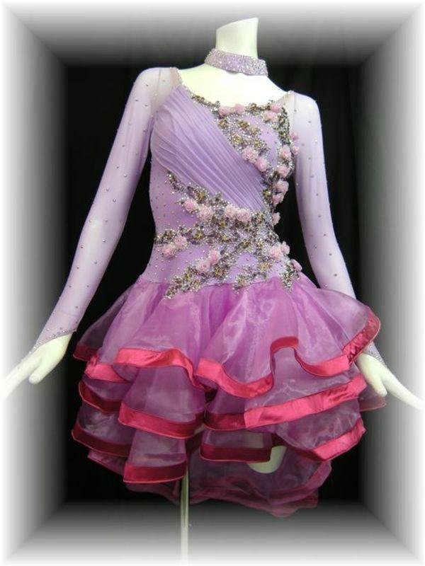 正装ドレスの新作が入荷しました!