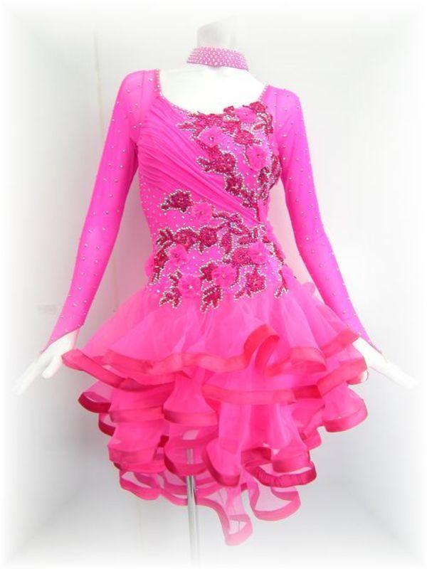 正装ドレスのご注文承ります