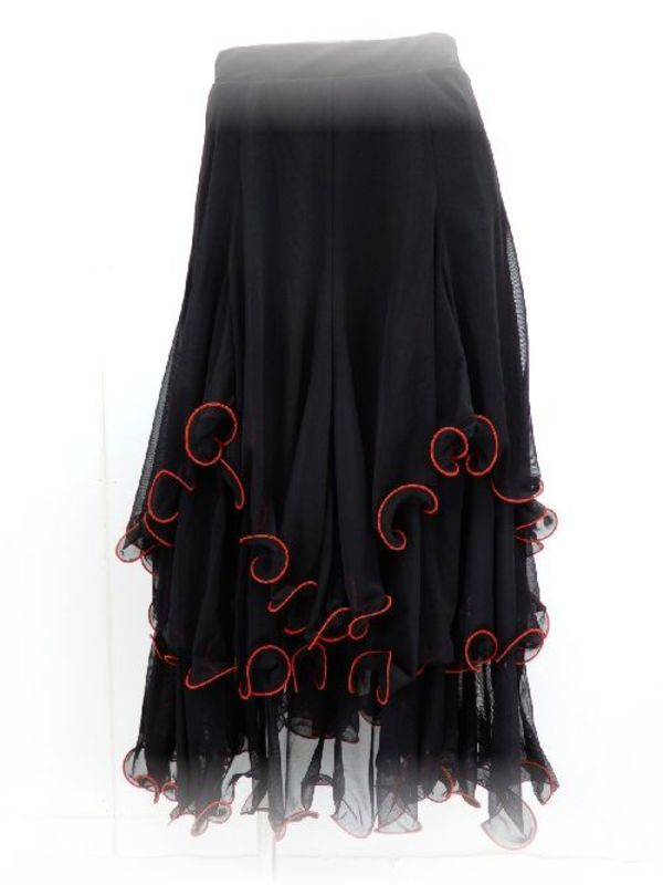 人気の黒スカート♪