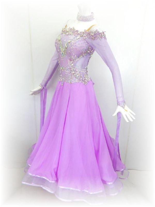 流行色!ラベンダーのスタンダードドレス