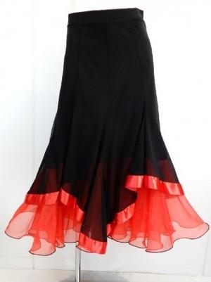 《高品質》【sk559】社交ダンスロングスカート 重ね着風 裾テープ ブラックレッド