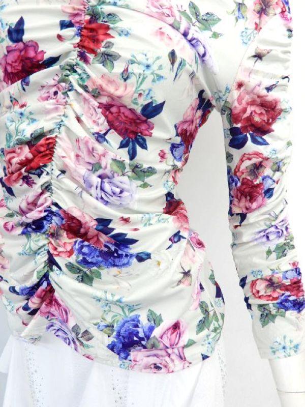 【c226】社交ダンストップス 花柄 Vネックシャーリング ホワイトピンク