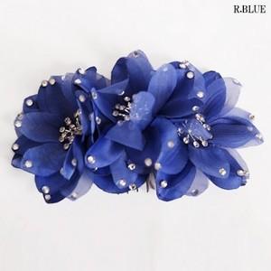 ★人気★【ac066】コサージュ ヘアーアクセサリー 3連お花 ブルー