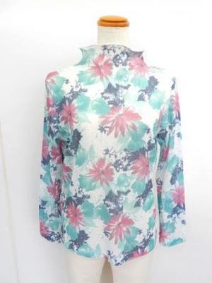 【f030】長袖 綿100% Tシャツ ボトルネック 花柄 白・緑・ピンク