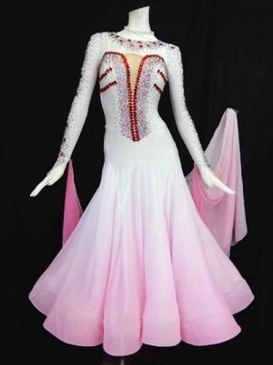 最終値下げ【wp660】社交ダンスドレス正装モダン グラデーション ピンク Mサイズ