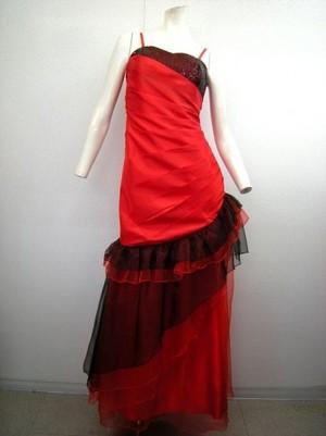 《値下げ》【k-78】ステージ衣装 Mサイズ スパンコール飾り 裾段々フリル 黒赤 7452円を↓