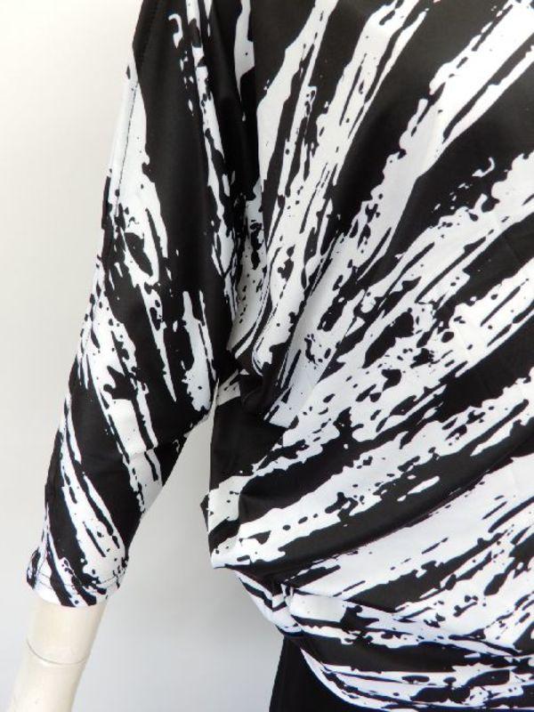 値下げ【c296】社交ダンス チュニック丈トップス アシメドルマン 袖空き 黒白