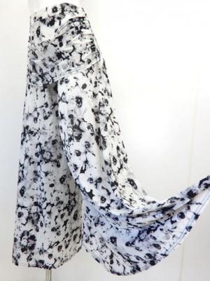 【p521】社交ダンスパンツ ワイドドレープ付 後ろ円型巻き 花柄ホワイト
