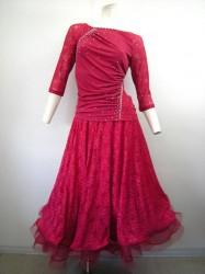 再入荷★高品質【st854】上下スーツ レース切替ストーン ペチ一体スカート 濃いピンク